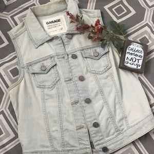 Adorable light-wash jean sleeveless jean vest